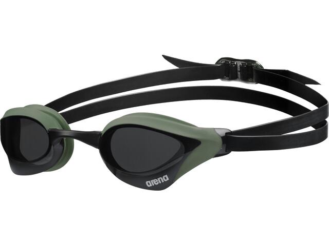 arena Cobra Core Okulary pływackie, smoke-army-black